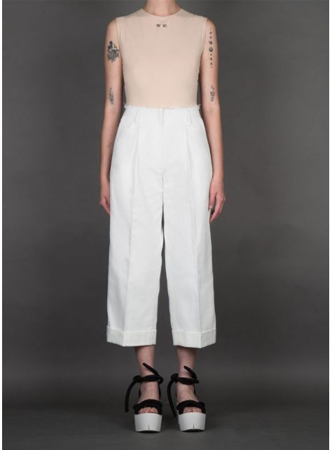 白色牛仔寬褲