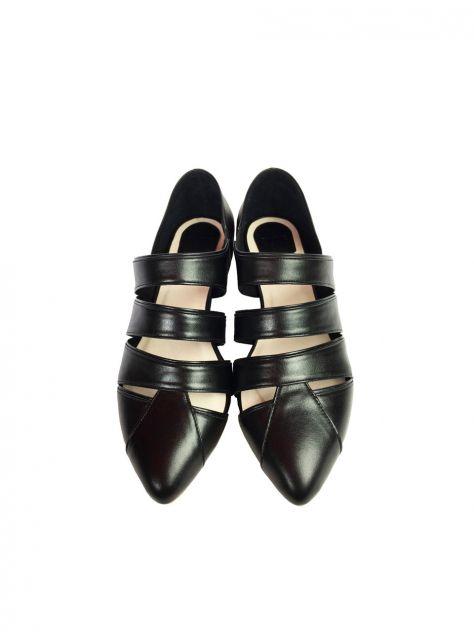CLAVE [The Deep] 深海主題鞋Pannychia-發光海參-全黑-條帶設計涼鞋