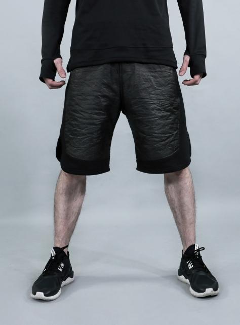 極輕抓皺寬版短褲