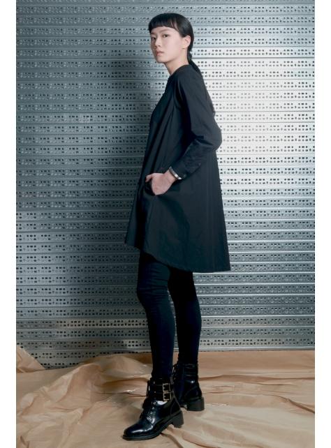 呂- A LINE襯衫型洋裝
