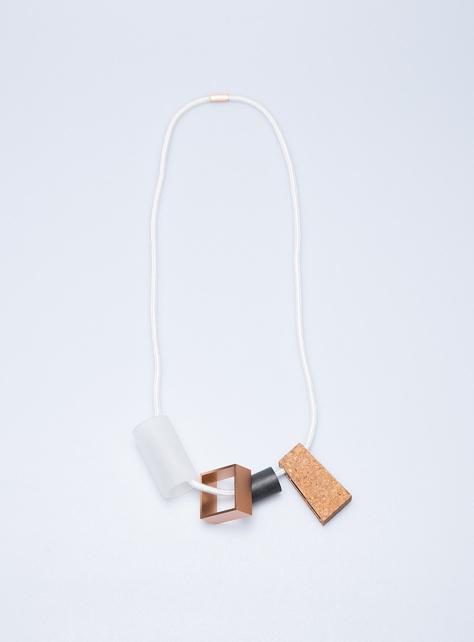 COS異材質串飾項鍊