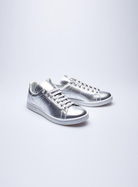 Adidas Stan Smith銀色金屬皮革運動鞋