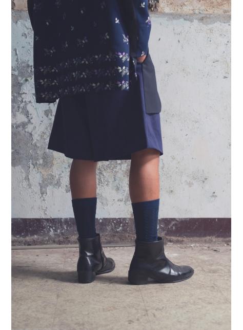 西裝下襬檔片寬版短褲(162P01)