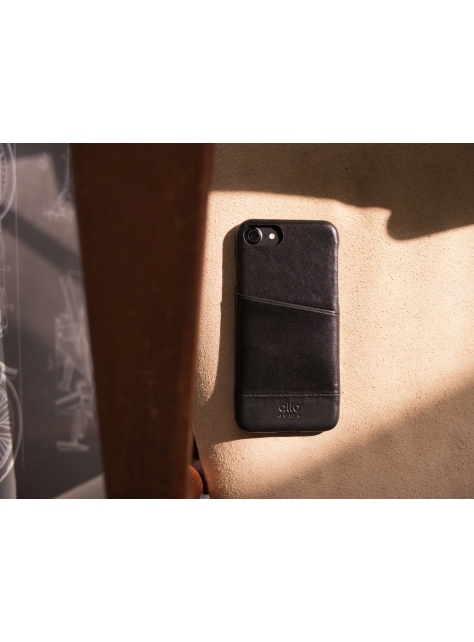 iPhone 7 Metro Leather Case – Raven