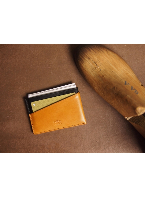 Leather Slim Card Holder – Raven/Caramel