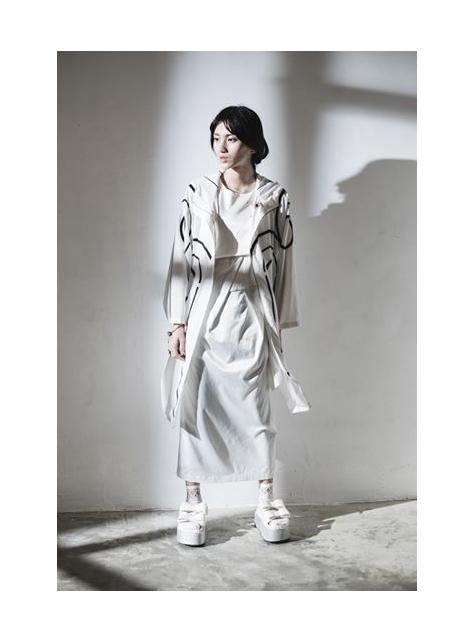 白色立裁洋裝