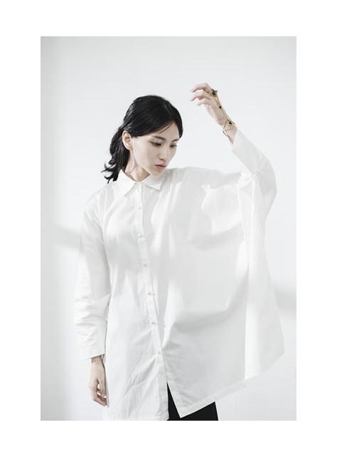 白色寬版 窗框OVERSIZE襯衫