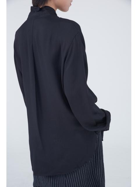 繫領連袖襯衫