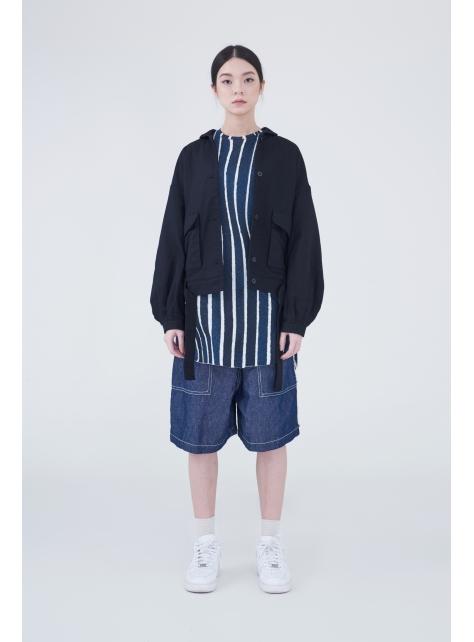圓角領寬短版繫帶夾克