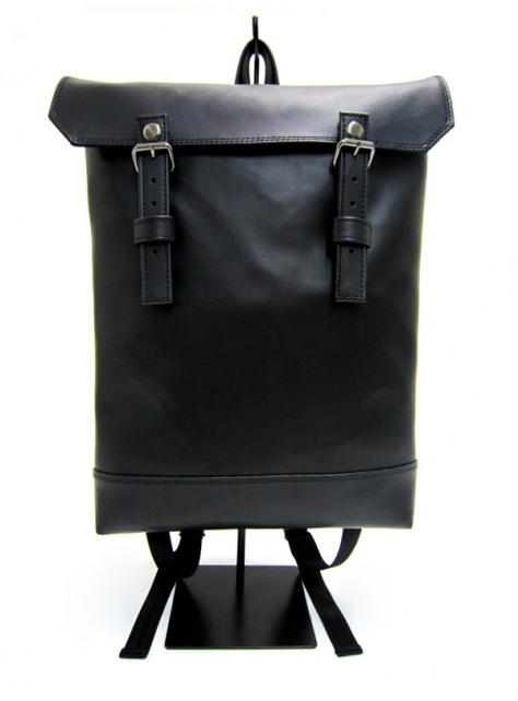 BLACK x BLACK-手做防水人造皮革掀蓋式後揹包/筆電包