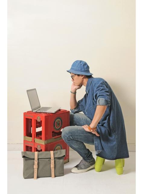 OASIS-手做皮革帆布折蓋式手拿/斜側揹/平板電腦包