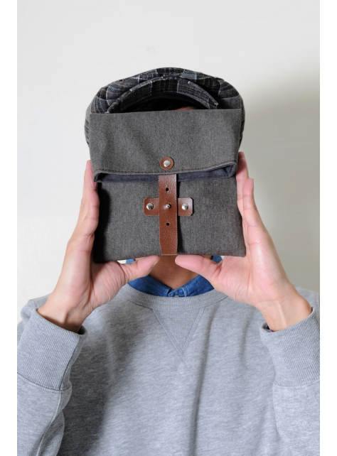 MOSS-手做皮革帆布折疊式相機/收納包