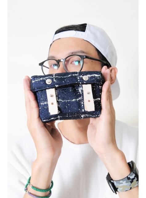 SAPPHIRE-手做皮革深藍色格紋棉布盒型相機包