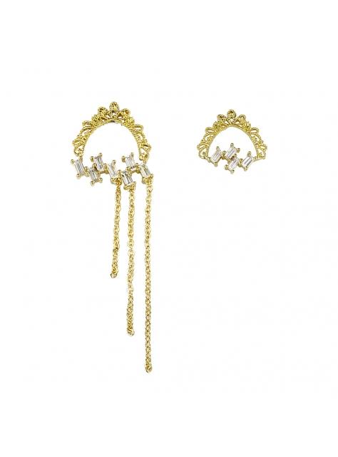 蕾絲奧。古典黃銅不對稱耳環