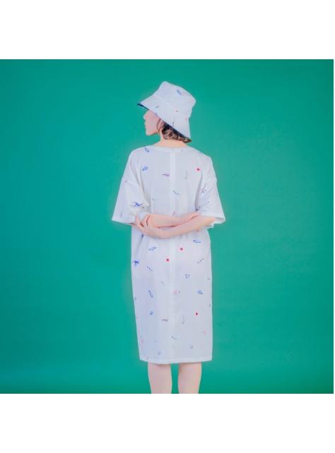 白蜥蜴五分袖直洋裝