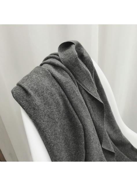 柔軟仿羊絨手感純色氣質圍巾