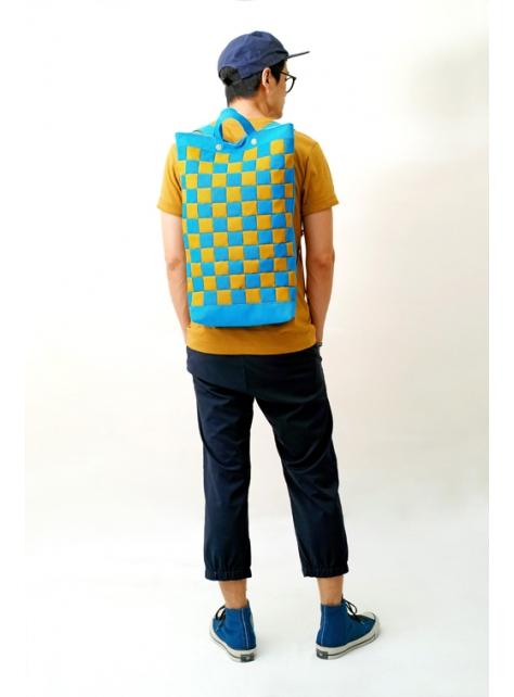 RAINY DAY-手作色塊拼接防水帆布後揹/筆電包