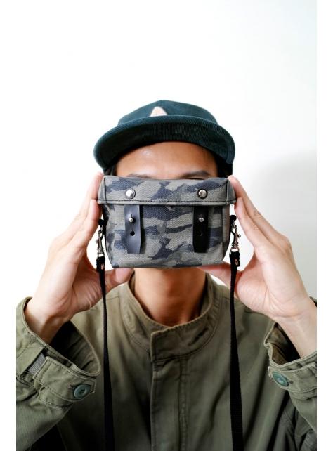 GUERRILLA-手做迷彩印花防水帆布盒型斜側揹/相機/收納包(附揹帶)