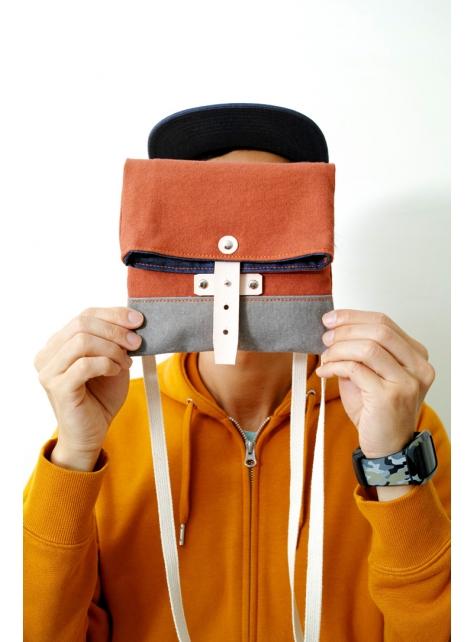 EASE-手做皮革帆布折疊式斜側揹/相機/收納包(附揹帶)