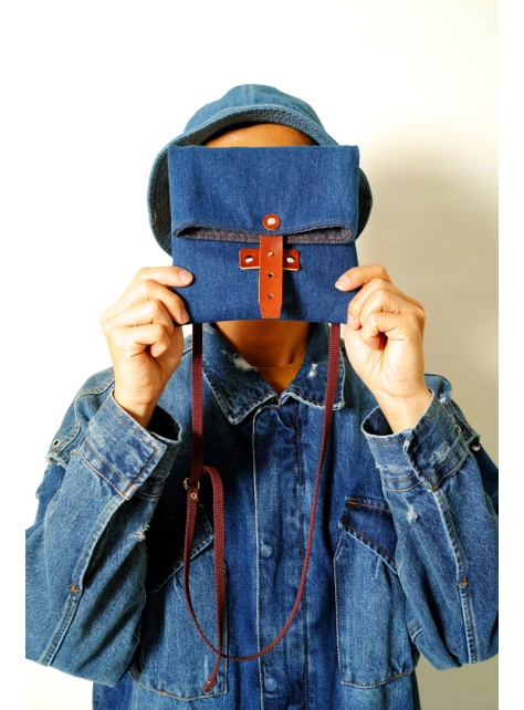 DENIM-手做皮革丹寧牛仔帆布折疊式斜側揹/相機/收納包(附揹帶)
