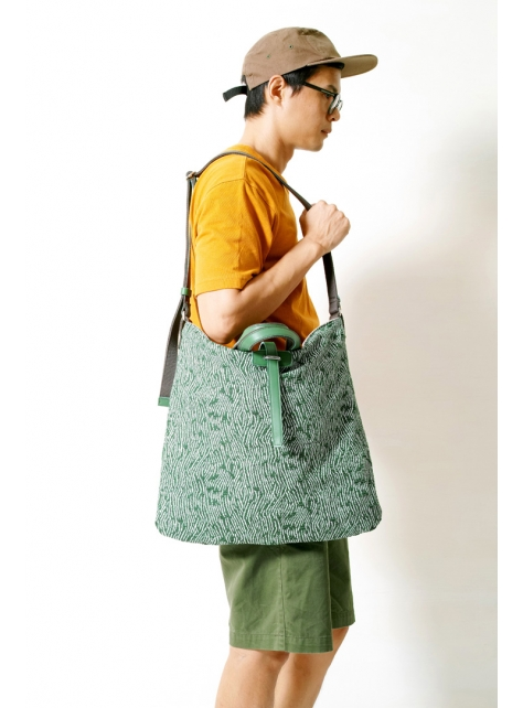 UNIQUE-手做皮革綠色提織花紋布手提/斜側揹/筆電包