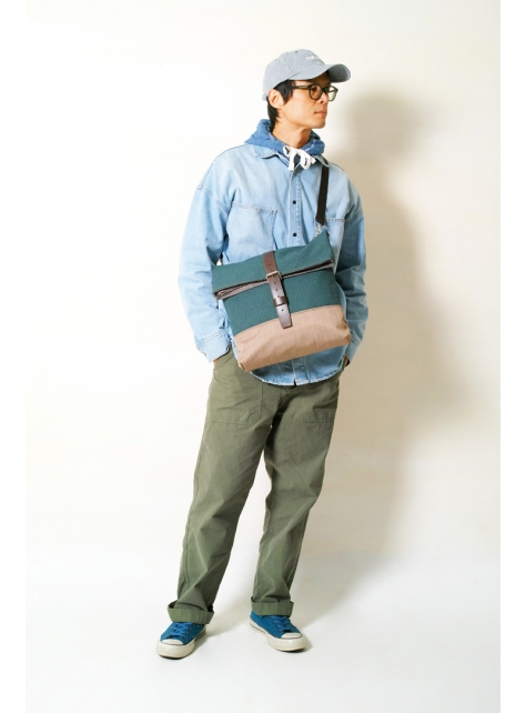 MOUNTAIN-手做真皮防水帆布折蓋式斜側揹/筆電包